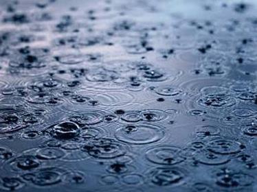 月曜日はいつも雨